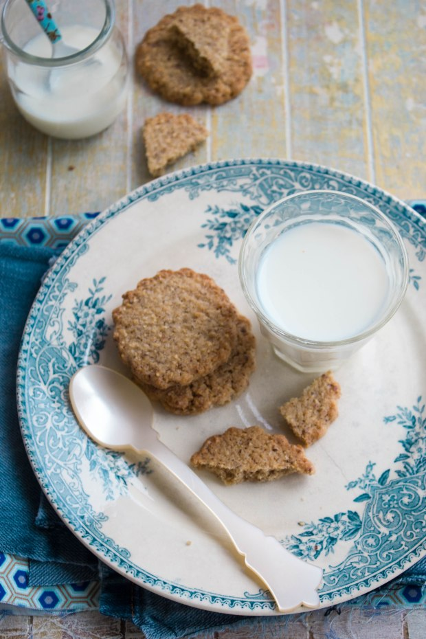 Biscotti con farina di riso e nocciole 1