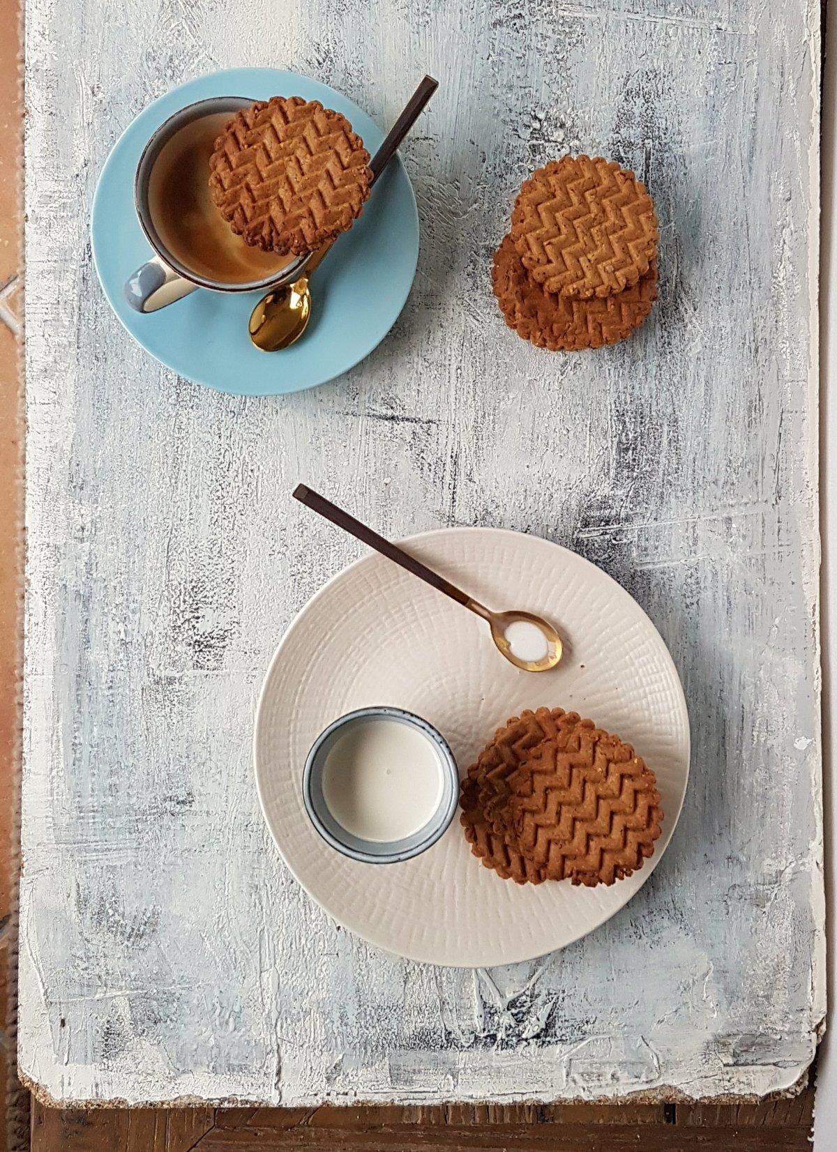 Hazelnut cookies photo sansung